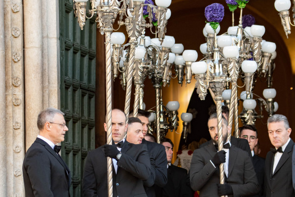 processione-lauretana-venerdi-santo-199D339192-D18E-A55E-699E-F26A6C763453.jpg